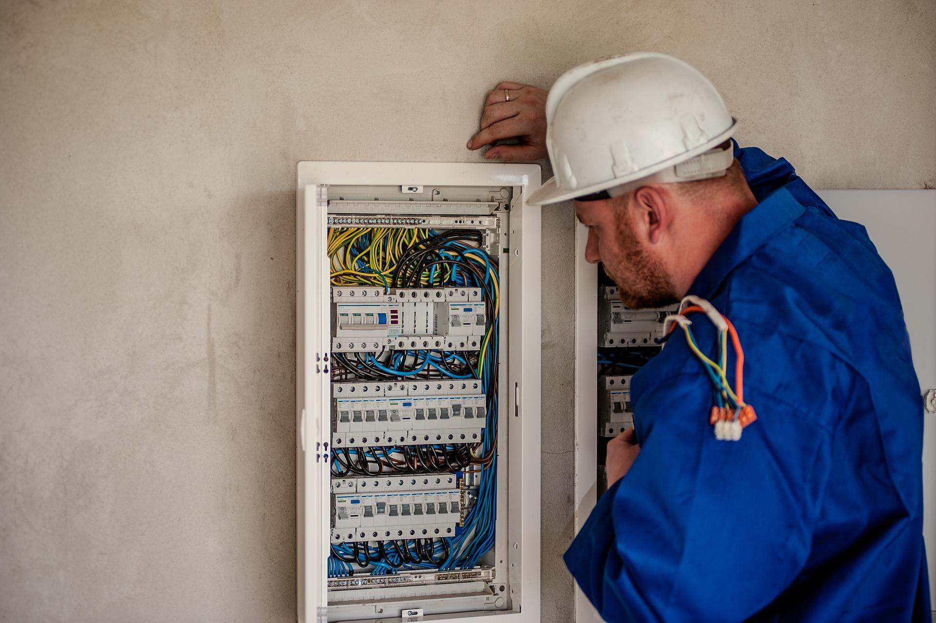 Hvad koster en elektriker i timen?